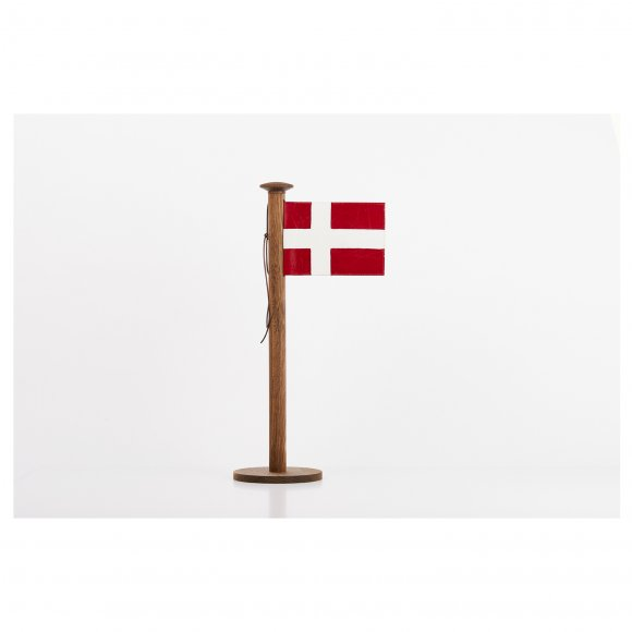 Nordic by hand - Stort bordflag H: 48 cm fra Nordic By Hand