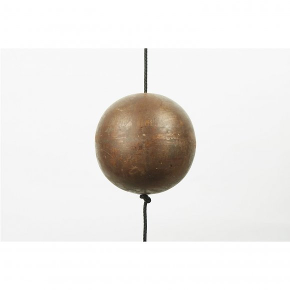 Nordic by hand - Kernen iron ball x-large fra Nordic By Hand